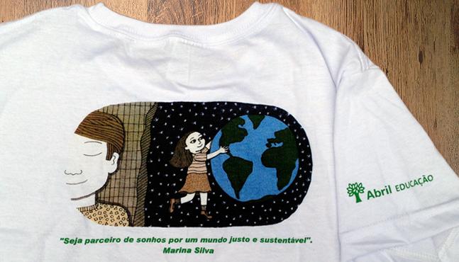 Camiseta Abril Educação  :: Mada Elek